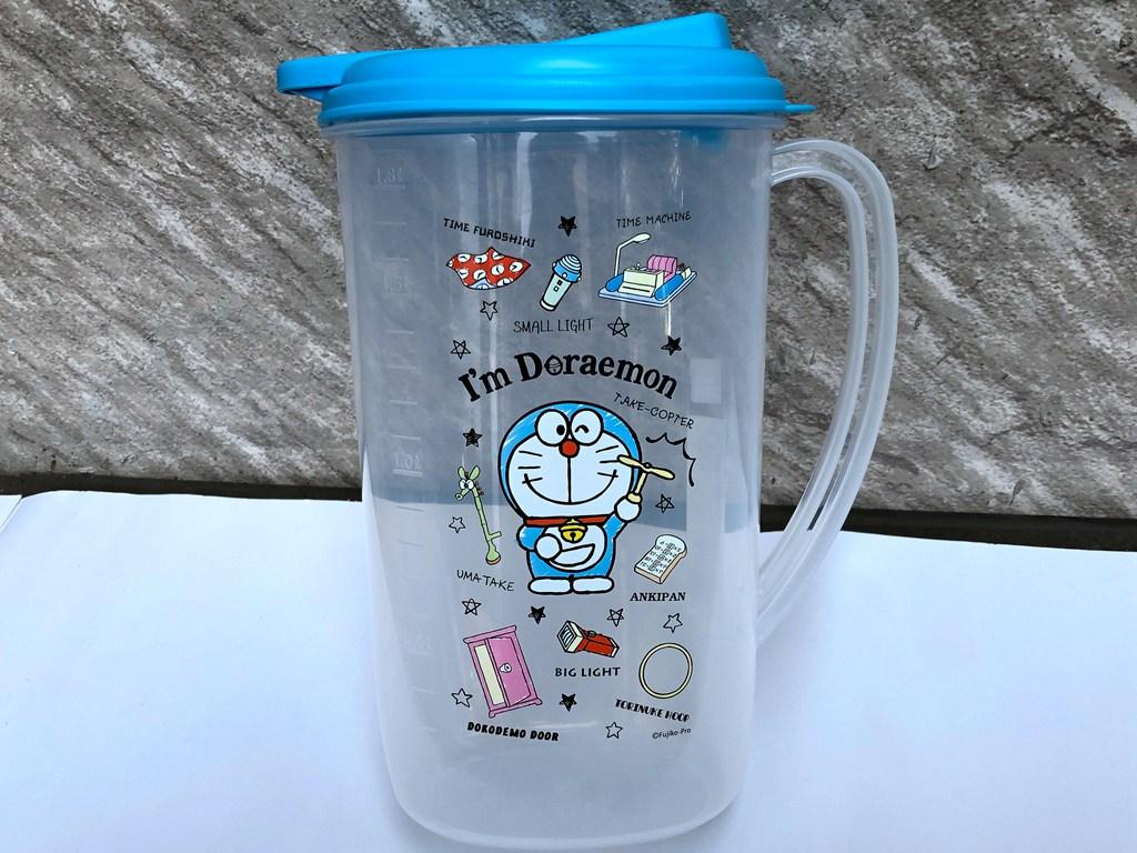 雍雅日式生活精品-日本新商品DORAEMON 小叮噹 可愛造型家中必備冷水壺 容量1.9ml
